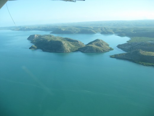 We flew backto Derby over a few of the many Islands in the Buccaneer Archipelago