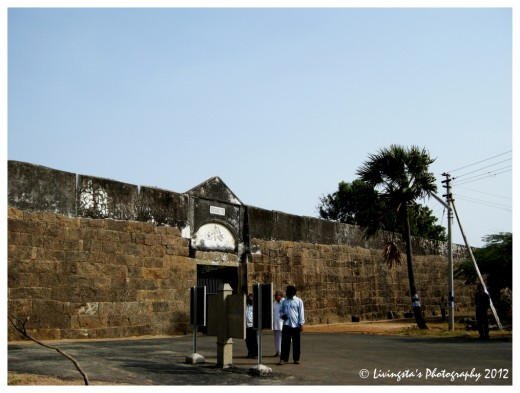 The entrance to the Fort!