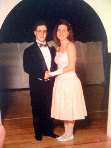1990's prom look. Kinda boring...