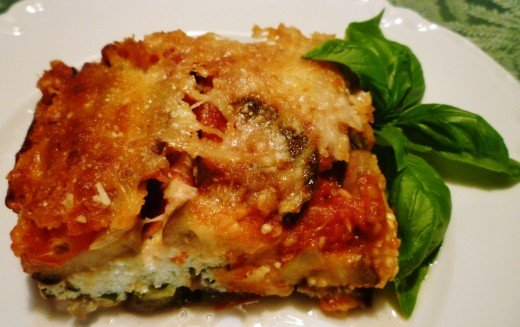 3 Cheese Vegetarian Lasagna - No Pasta Needed!  Doesn't this look good!