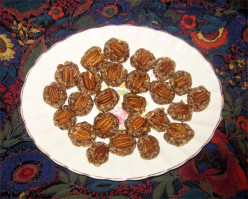 Easy Healthy Date Nut Candies