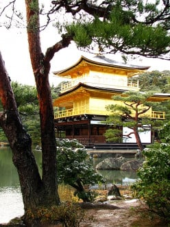 10 Finest Shrines and Temples in Japan