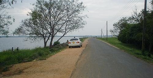 The Bund Road.