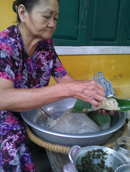 Sticky rice in Hoi An style, mixed of sweet and savory, some might not like it but I do.