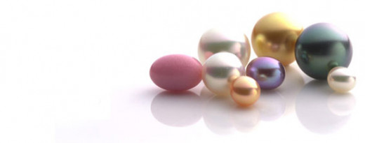 Pearls: different sizes, colors and forms