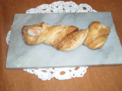 Make Flaky Pastry with Sour Cream and Cinnamon