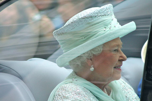 During the Diamond Jubilee, Queen Elizabeth II adorned in pearls: pearl earrings, pearls on her hat and a pearl necklace