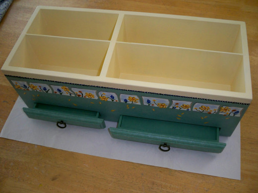 Drawers will Hold Tiny Pieces that are Still Useable.