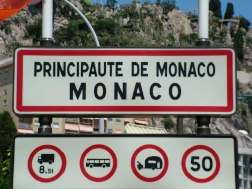 Monaco border