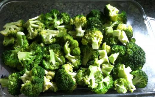 Line the pan with broccoli