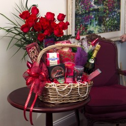Top Five Ideas of Giving Romantic Gifts