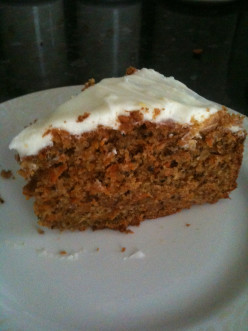 How to Make a Carrot Cake With Lemon Cream Cheese Frosting