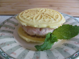 Pizzelle strawberry ice cream sandwich
