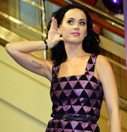 Yes, She Can Sing: Top 10 Best Live Katy Perry Songs