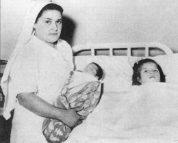 Lina gave birth to son