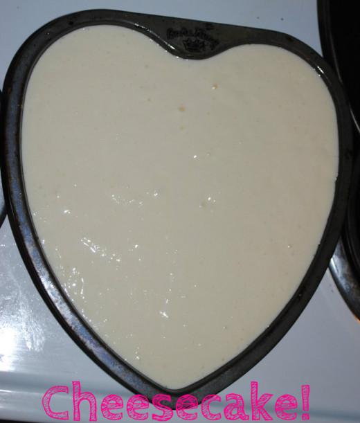Cheesecake ready to bake!