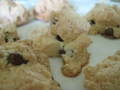 Gluten-Free Chocolate Chip Meringue Cookies
