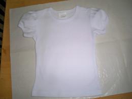 Size 2 T tee-shirt.