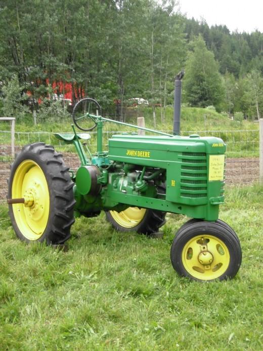 1941 John Deere tractor