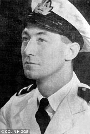 2nd Officer Richard Ayres, only survivor