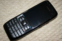 Nokia E-51 bar phone