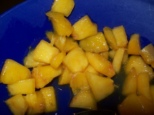 slice peaches into small slices