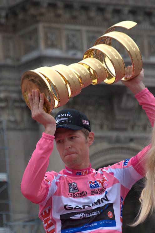 Ryder Hesjedal holds his trophy!