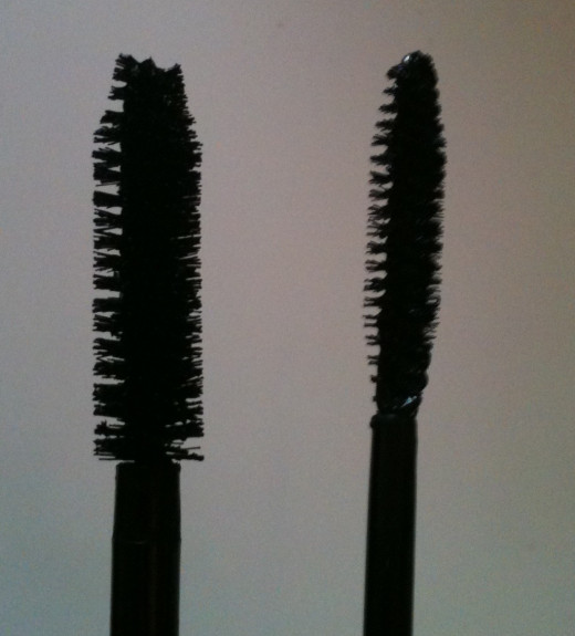 The long, slim Lash Power Mascara applicator wand (right) compared to another applicator wand - that of Clinique's High Impact Mascara (left).