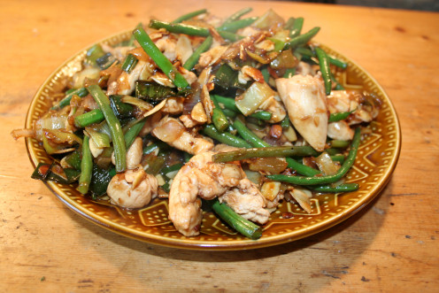 Chicken with Almonds and Green Beans