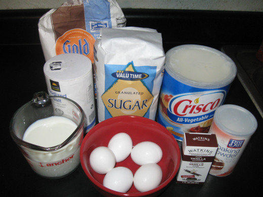 all the ingredients needed to make Betty Crocker's White Cake.