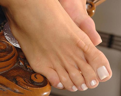 Clean feet