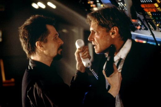 Gary Oldman and Harrison Ford in Air Force One (1997)