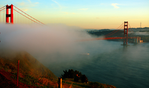 The Golden Gate Bridge ~ beautiful place for a first kiss.