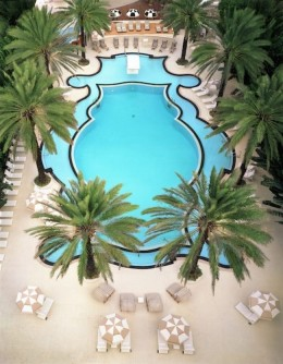Pool at Raleigh Hotel South Beach