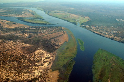 Botswana, Nambia, Zambia, and Zimbabwe. The Zambezi is 2200 miles (3540 km) long.