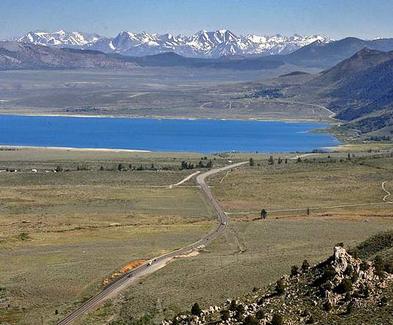 Mono Lake and Hwy 395