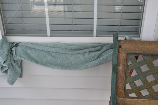 Prevent toxic fumes from entering the house by keeping doors shut and blocking windows with towels