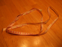 Tape measure (sewing type)