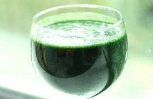 Refreshing raw vegan rocket smoothie