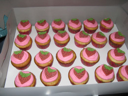 Cupcakes by  Angelina Noble