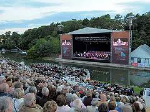 Visit the Open Air Theatre on a sell-out evening