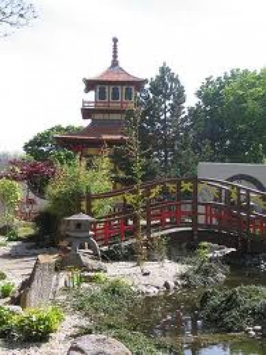 And admire the pagoda