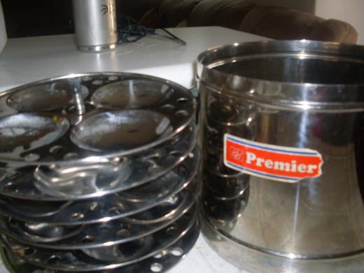 Idli Pressure Cooker