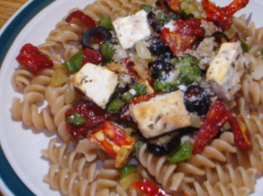 Tofu with pasta & sundried tomatoes