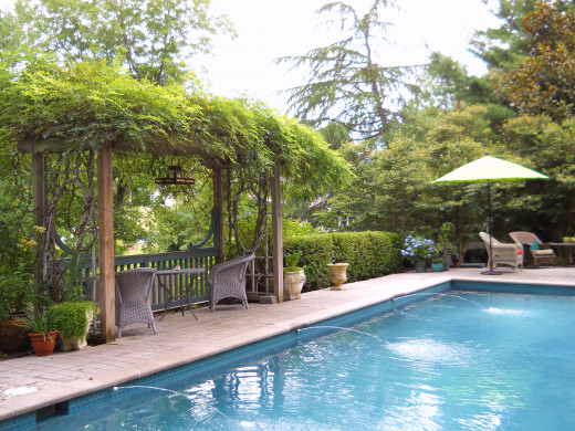 The pool at Waterview Gardens is secluded and has water fountains.