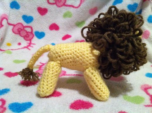 Lion rattle