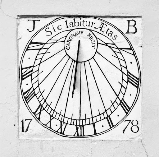 """""""So passes a lifetime"""" says the Latin motto on this sundial"""