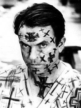 Sam Neill as John Trent (gone mad)