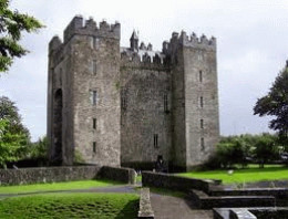 Bunratty Castle which has the same design as Listowel castle has.