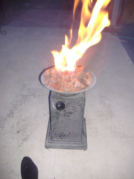 When a regular bonfire is not allowed (or convenient) a gas or propane fire can be a suitable replacement.